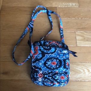 Vera Bradley small cross body handbag